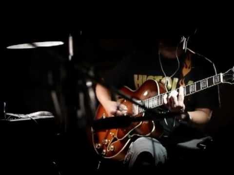 Amy Winehouse Valerie Cover - Drum Beat + Hollow Body Guitar Instrumental Karaoke