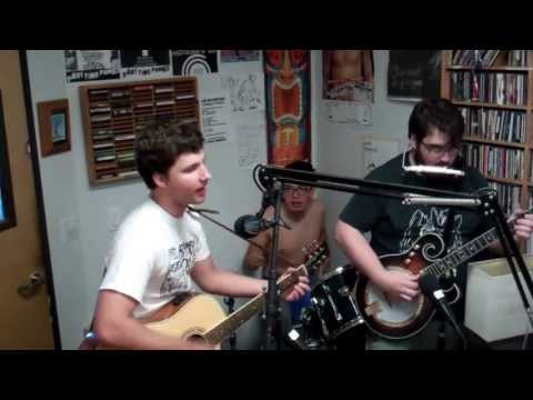 Alexander The Grape - Full Performance (A Fistful Of Vinyl sessions) on KXLU 88.9 FM Los Angeles