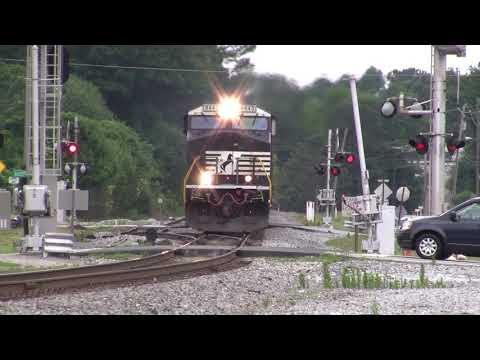 NORFOLK SOUTHERN TRAINS SHOT IN AUSTELL,GA. JUNE OF 2016 PART # 9