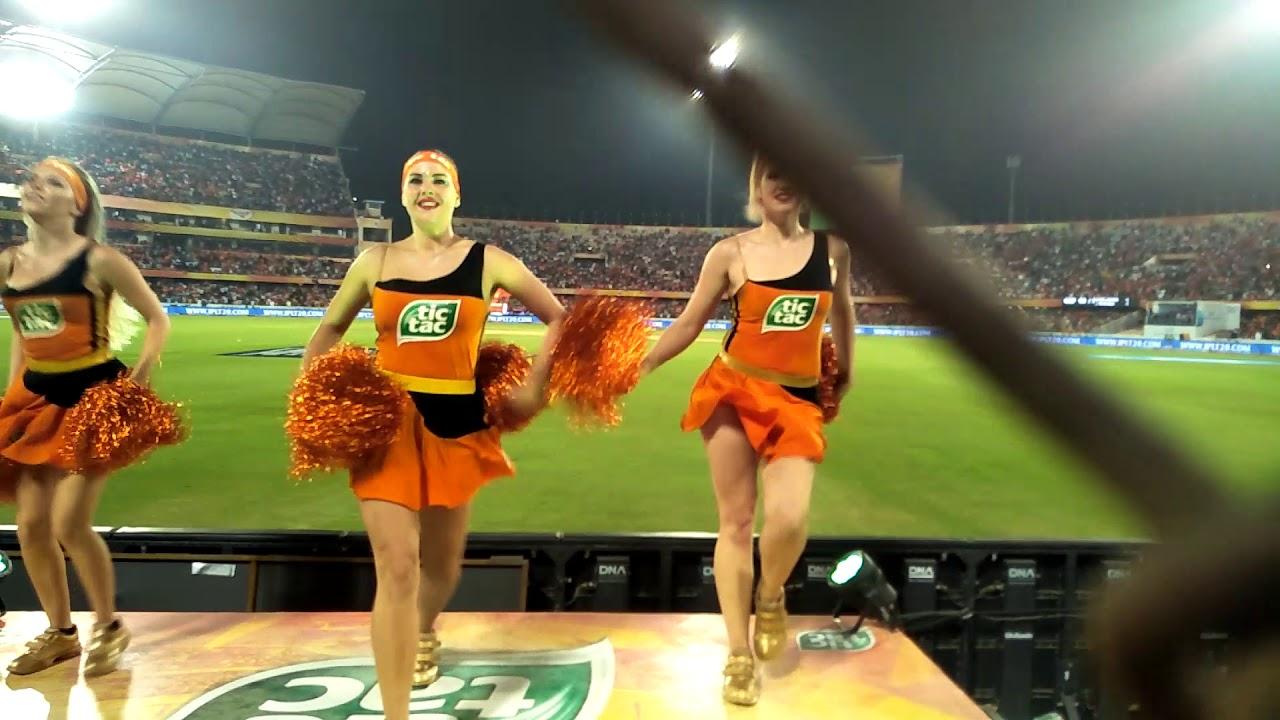 Youtube hot cheerleaders