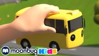 Wheels On The Yellow Bus | Gecko's Garage Songs | Children's Music | Vehicles For Kids!