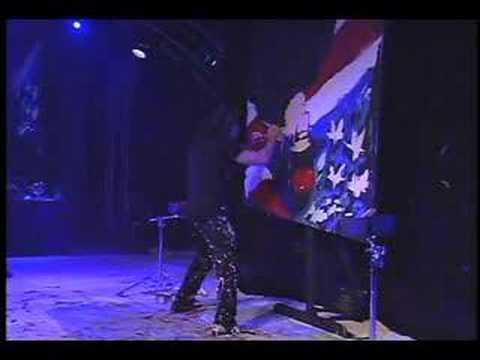 911 Hero performed by Michael Israel in New York