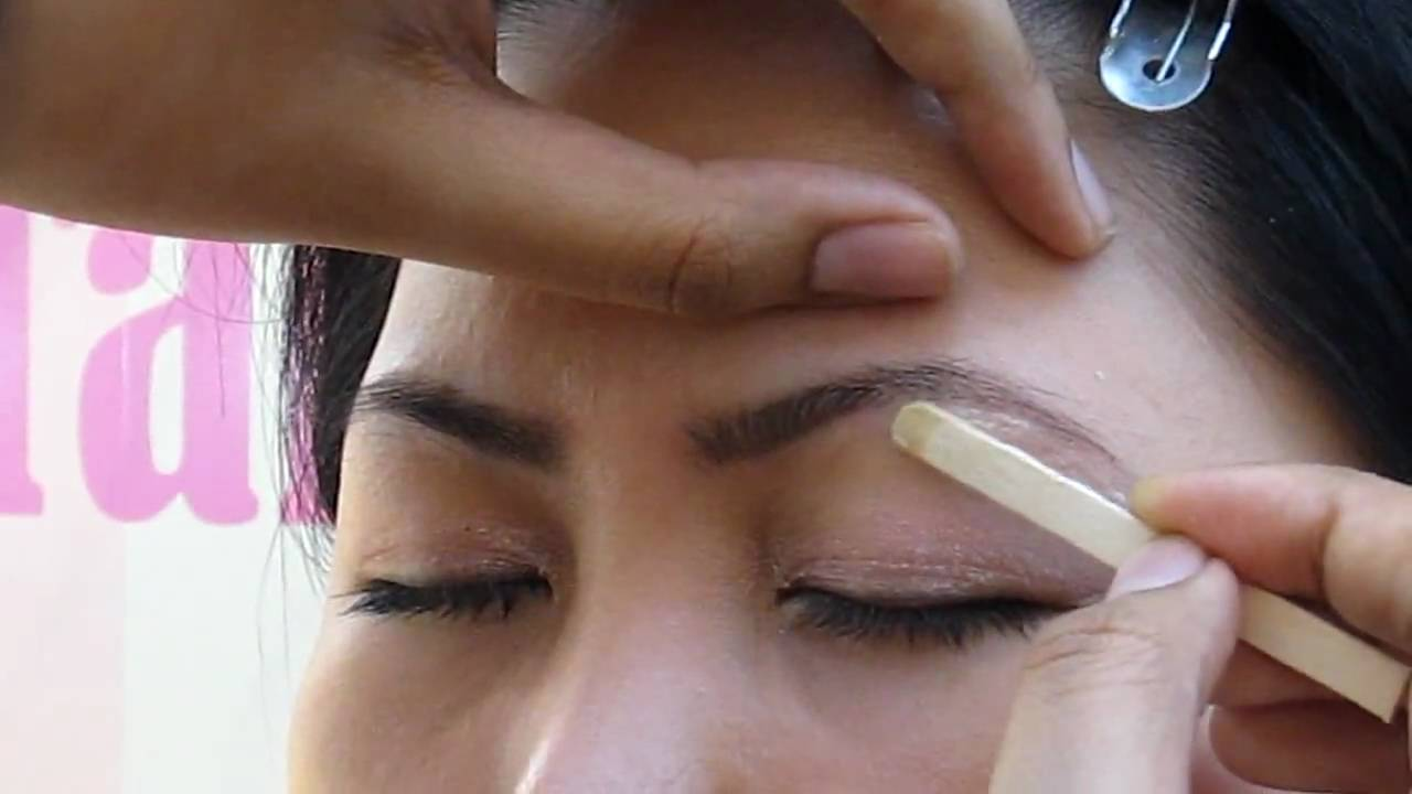 Waxing Tweezing Benefit Brow Bar Youtube