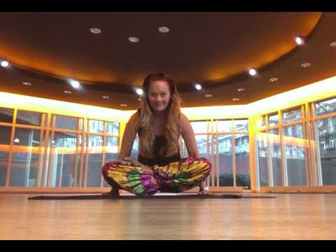 full lotus pose utthita padmasana  youtube