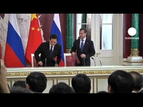 Russia and China hopeful over gas deal
