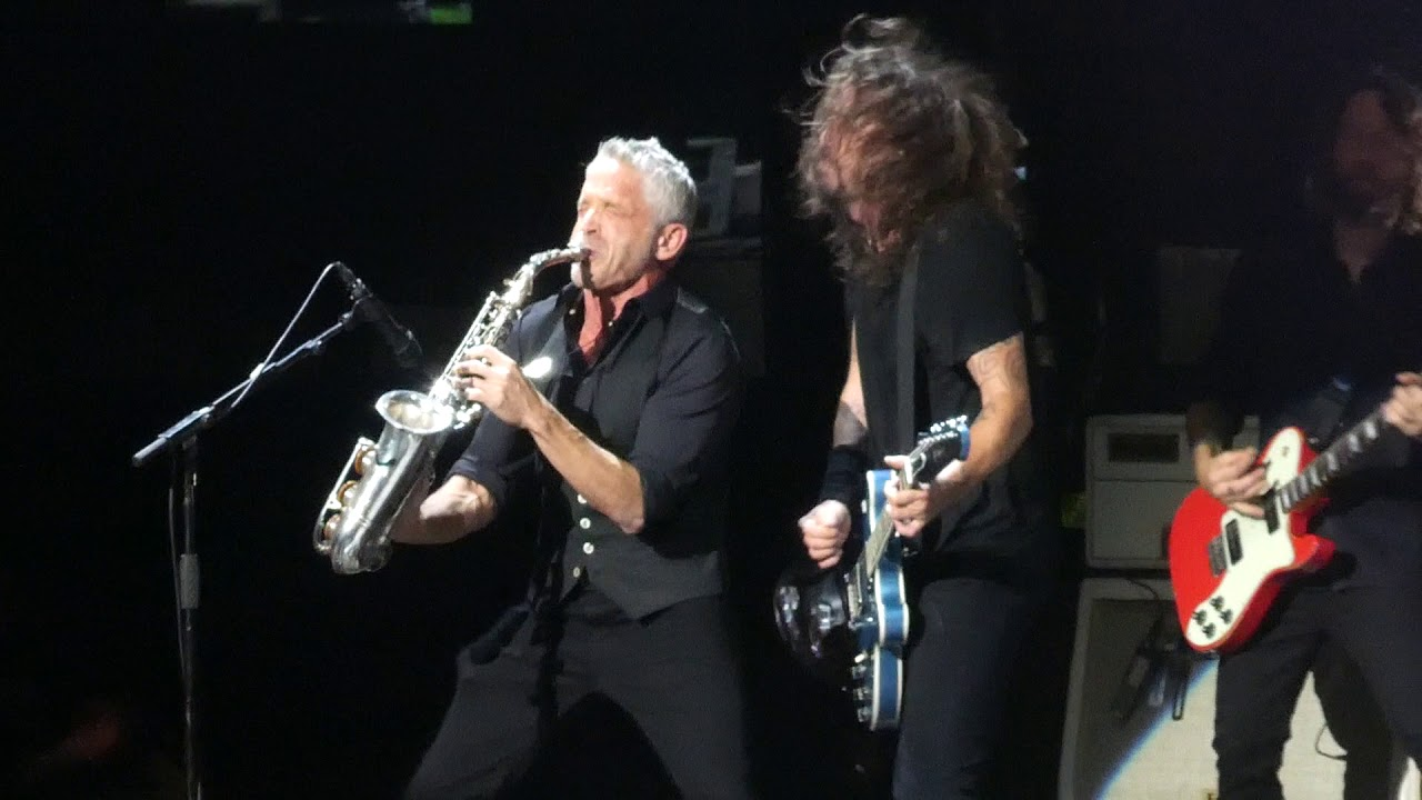 La dee da foo fighters dave koz madison square garden - Foo fighters madison square garden ...