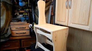 Деревянная скамейка. Часть 3(Продолжаю делать деревянную скамеечку (или step stool) В третьей части приклеиваю крышку и креплю ручку/спинку...., 2015-03-01T17:46:43.000Z)