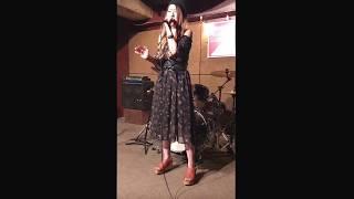 2017.5/6に出演したLIVE映像。 田神まみは都内と埼玉で活動するアーティ...