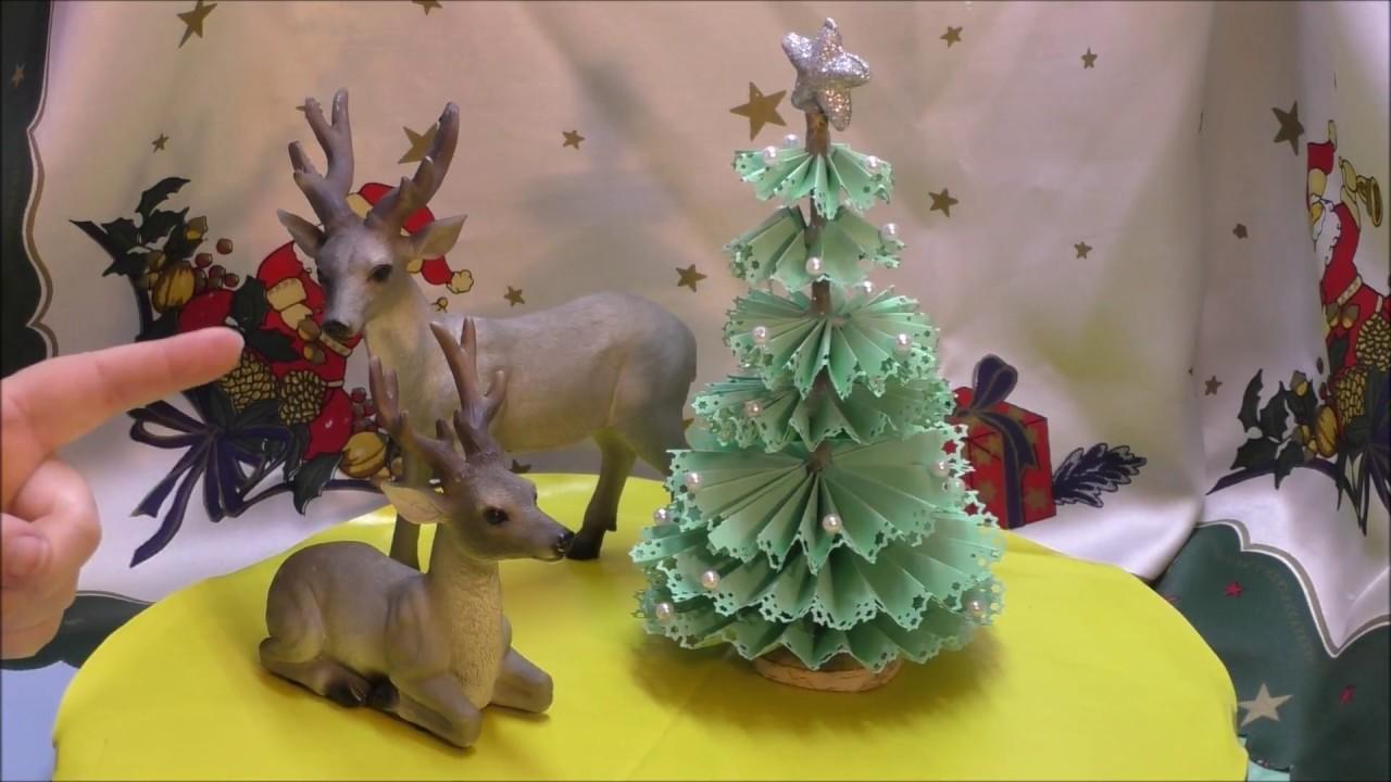 weihnachtsbaum aus gestanztem papier tanne aus papier youtube. Black Bedroom Furniture Sets. Home Design Ideas