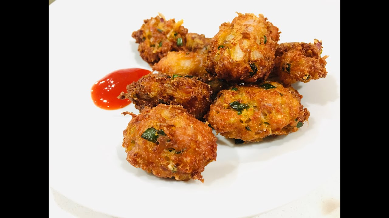 Schezwan Cheese Fritters Recipe| Tea Time Snack | Cheese & Spring Onion Dumpling with red Chutney |