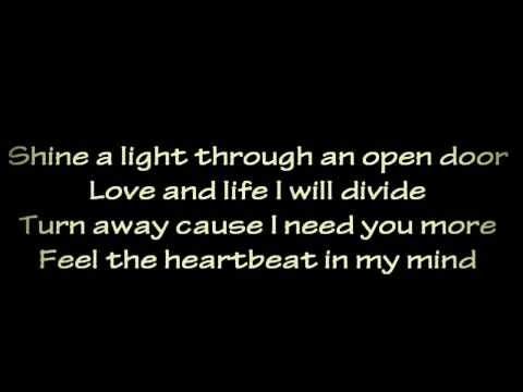 Rihanna - We Found Love [Lyrics]
