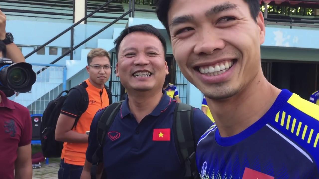 Hồng Duy, Văn Lâm chọc Tiến Linh, Công Phượng ngại phỏng vấn vì râu dài