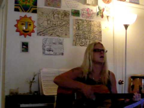Michelle Hudson playing guitar2