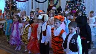 Видеосъемка новогоднего утренника в детском саду Смоленска.(Пример оформления новогоднего утренника от студии video67.ru Видеосъемка с ипользованием мультипликационной..., 2013-11-18T11:26:05.000Z)