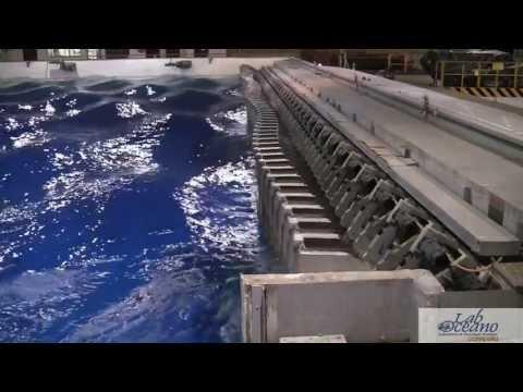 Wave generator at LabOceano