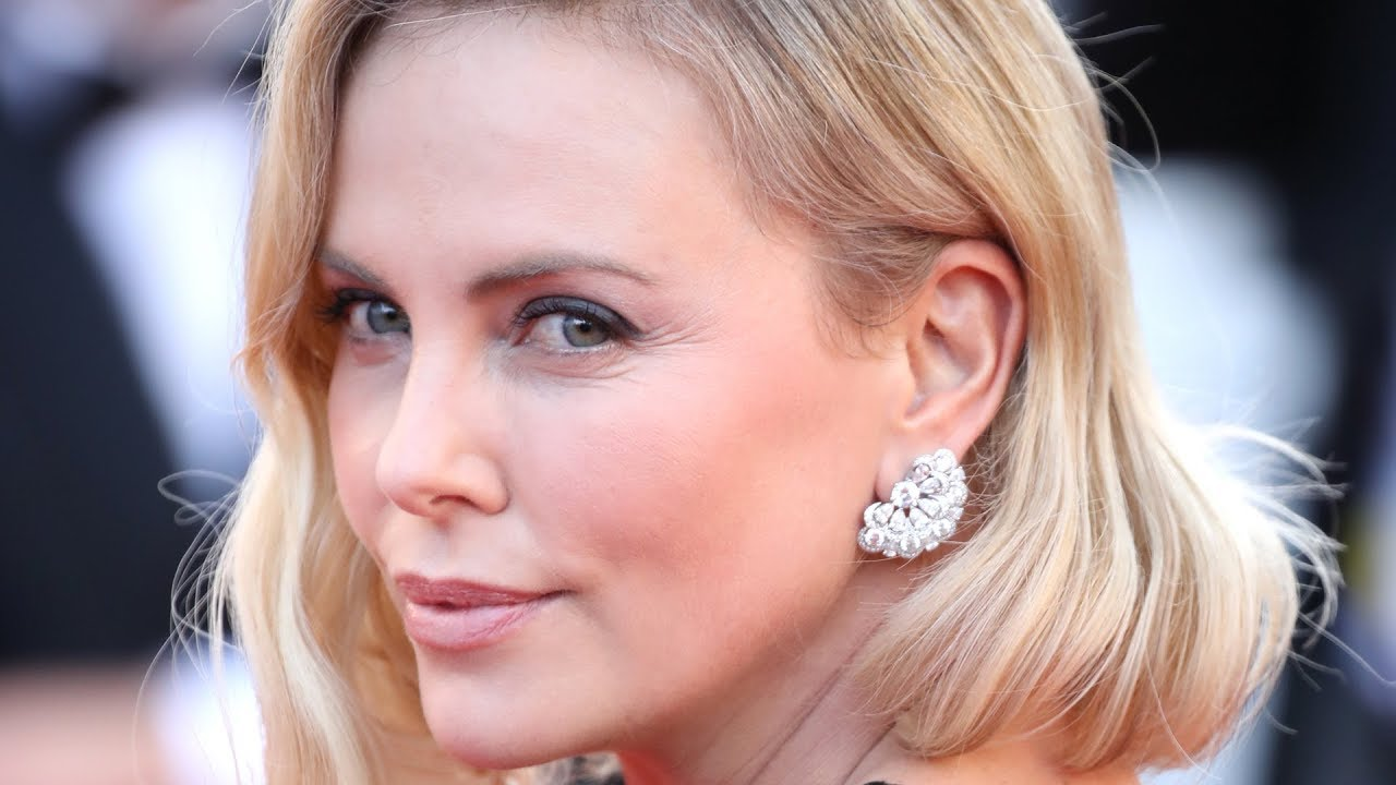 The seriously shady side of charlize theron youtube the seriously shady side of charlize theron voltagebd Gallery