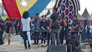 Video Slank Cek Sound - With isyana sarasvati ( Ku Tak Bisa ) download MP3, 3GP, MP4, WEBM, AVI, FLV Juli 2018