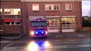 Prio1 brandweer TS207131 naar brand Altenaweg Waalwijk+HV207271 naar OGS Wilhelminaweg Dongen