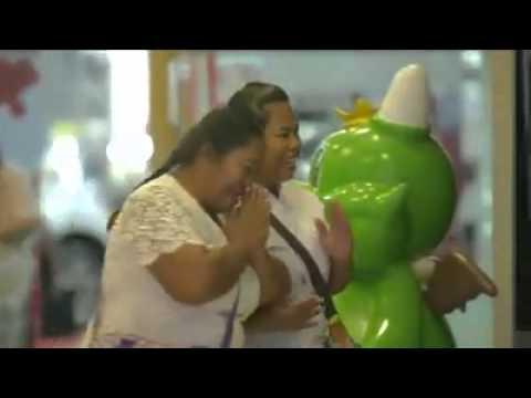 Видео: ЭТОТ РОЛИК ЗАСТАВИЛ ПЛАКАТЬ ВСЕХ В ИНТЕРНЕТЕ ОЧЕНЬ ТРОГАТЕЛЬНО