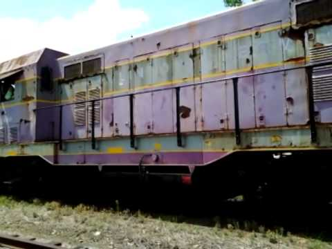 Clinton Terminal Railroad CF-7 #2480 switching Sampson Salvage