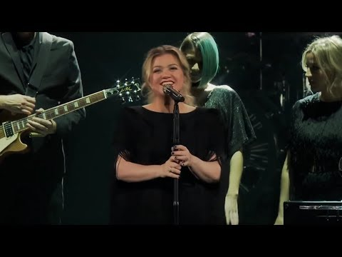 Kelly Clarkson covers Shallow - Lady Gaga & Bradley Cooper (Live) Mp3