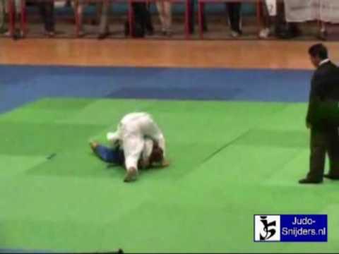 Judo 2009 Buenos Aires: Pareto (ARG) - Alvarez (CO...