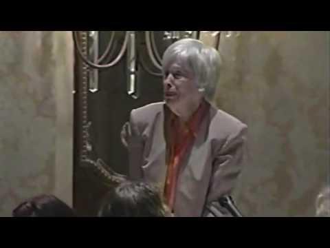 Cherry Jones Presents Drama League Award to Eileen Heckart