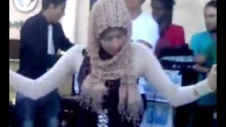 رقص محجبة 24
