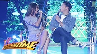 "It's Showtime: Kathryn and Daniel sing ""Ewan"""