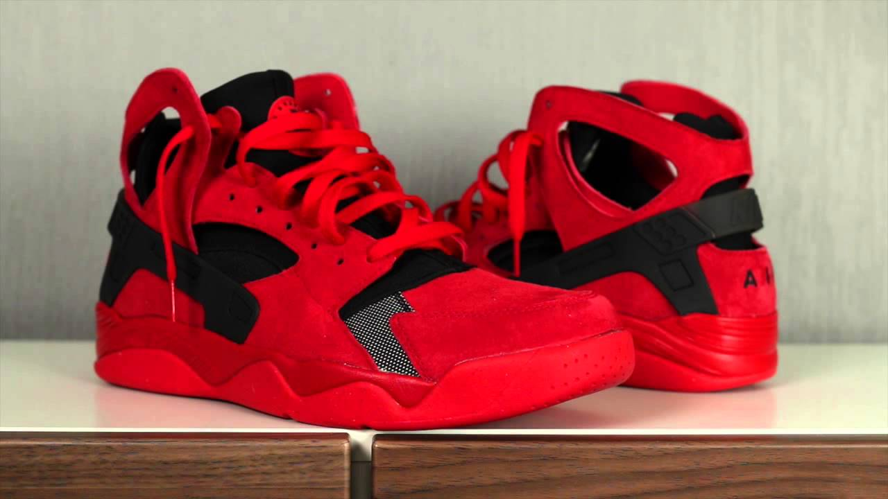nike air flight huarache university red youtube. Black Bedroom Furniture Sets. Home Design Ideas