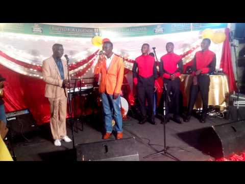 Chamson boroma& Allan chimbetu live @ jazz 24/7