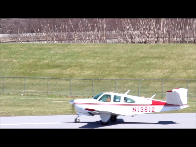 Sunday Afternoon Plane Spotting at William T. Piper Memorial Airport