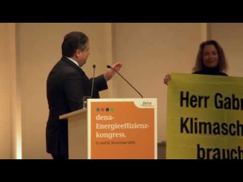 Sigmar Gabriel (SPD) auf dem Energieeffizienzkongress in  Berlin