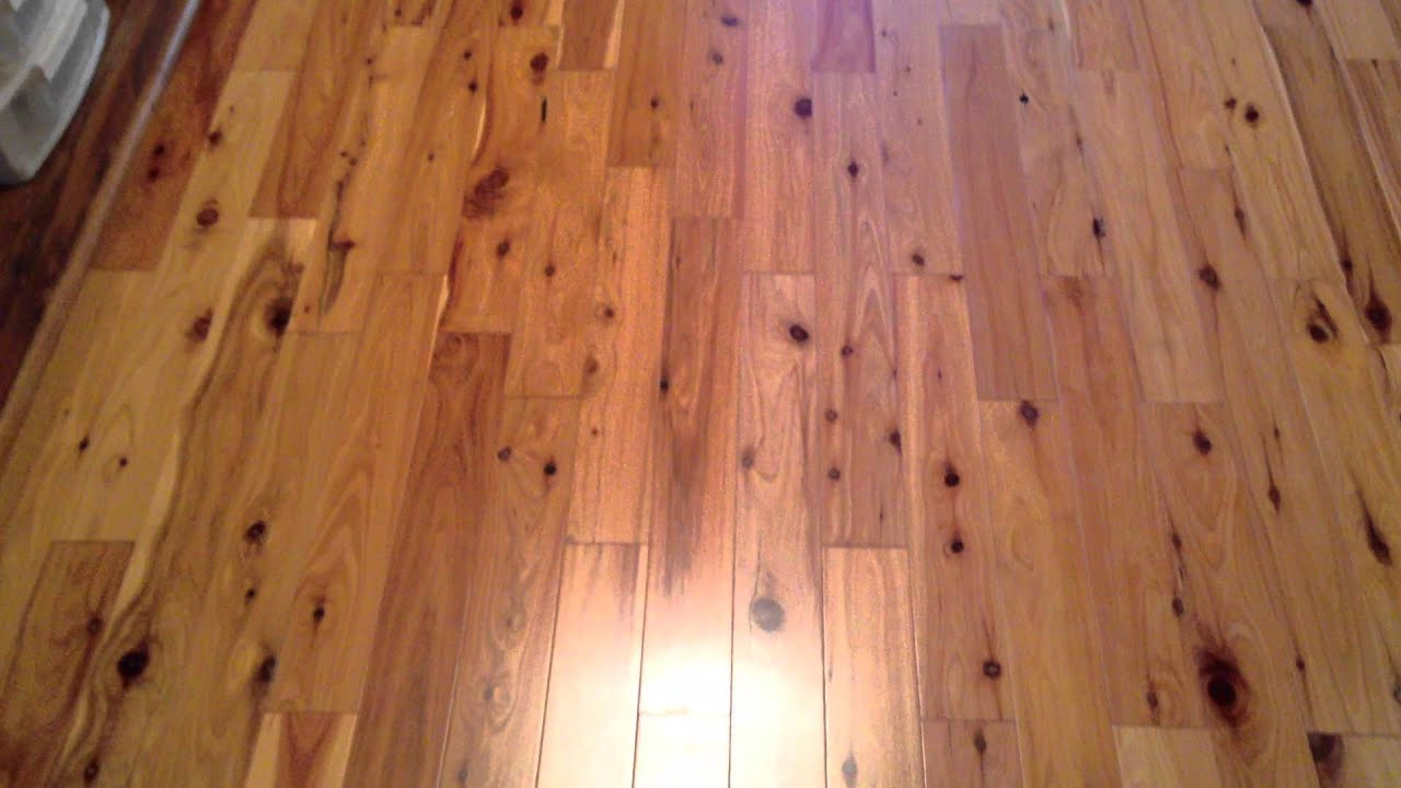 How does a pine hardwood flooring look like? - YouTube