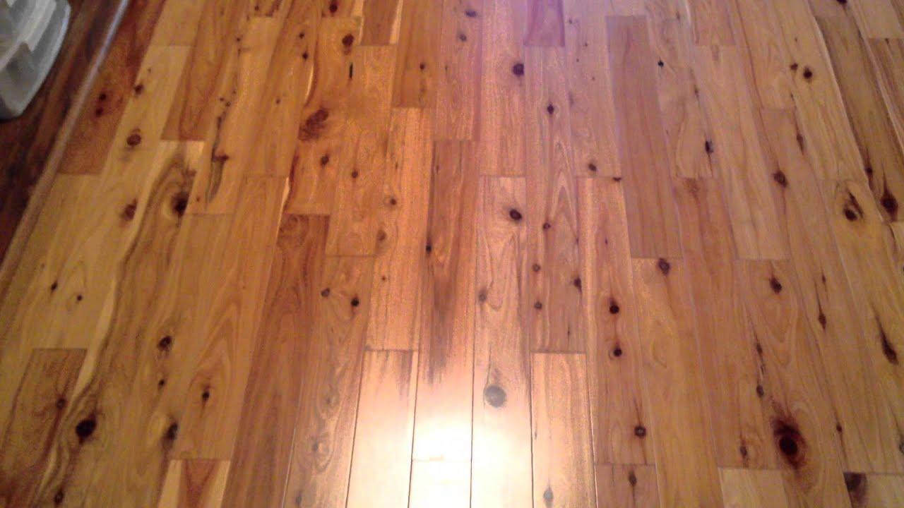How does a pine hardwood flooring look like? - YouTube