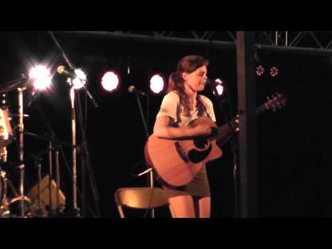 Sallie Frances - Empty (@ Pikkeling Youth Festival)