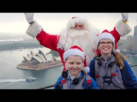 هدية العيد قبل العيد..  بابانويل يفاجئ الأطفال المرضى ويغني لهم من أعلى جسر في سيدني …  - نشر قبل 3 ساعة