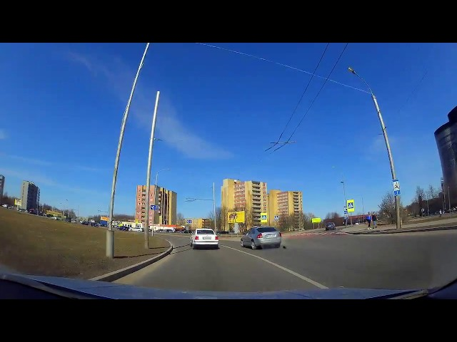 Vairuotojai nepaiso ženklų Taikos ir Pramonės prospektų žiede