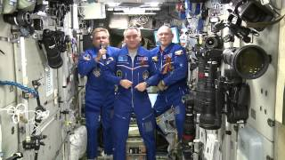 Космонавты поздравили граждан РФ с Днем России