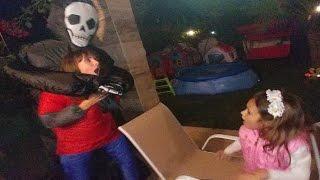ELİFE KÖTÜ ŞAKA ÇOK KORKTU, Eğlenceli çocuk videosu