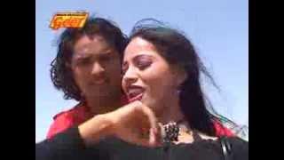 New Rajasthani Sexy Girl Dancing on Marwadi Desi Local songs - Banadi Jhino Ghunghat Kaad