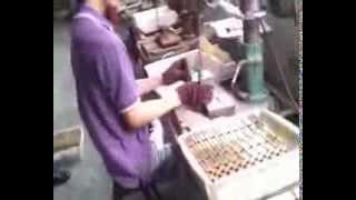Производство сердечников для стальных дверей Абвер(http://www.abwehr.com.ua/ Один из этапов производства стальних дверей Абвер можно просмотреть в данной видео-работе...., 2013-08-30T07:04:06.000Z)