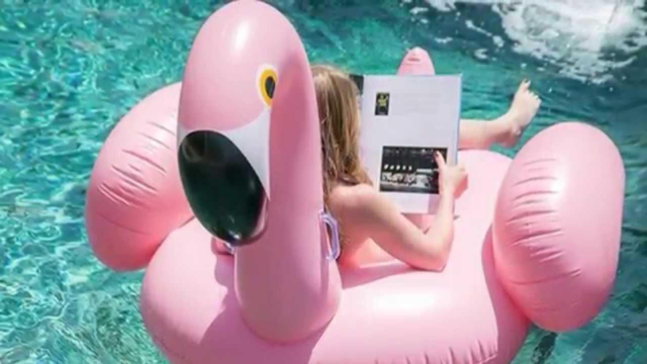 Los flotadores y colchonetas m s divertidos de internet ideas faciles diy youtube - Flotadores gigantes ...