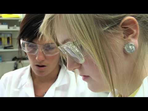 UQAM.tv | Témoignage: programmes en chimie de l