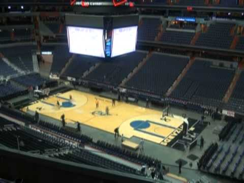 Verizon Center Transforms From Hockey Rink To Basketball Court