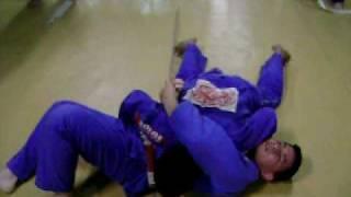 Equipe Matuzaki – Treino SaÃŒ_da da yoko shiho gatame 2