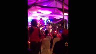 Sabah Veteran Elvis Singer