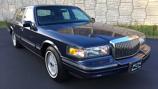 1997 Lincoln Town Car Signature Series w/ 32k Orig Miles SURVIVOR offered by Specialty Motor Cars