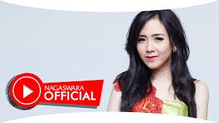 Download Video Ucie Sucita - Aku Bukan Batu Cincin - Official Music Video HD - NAGASWARA MP3 3GP MP4