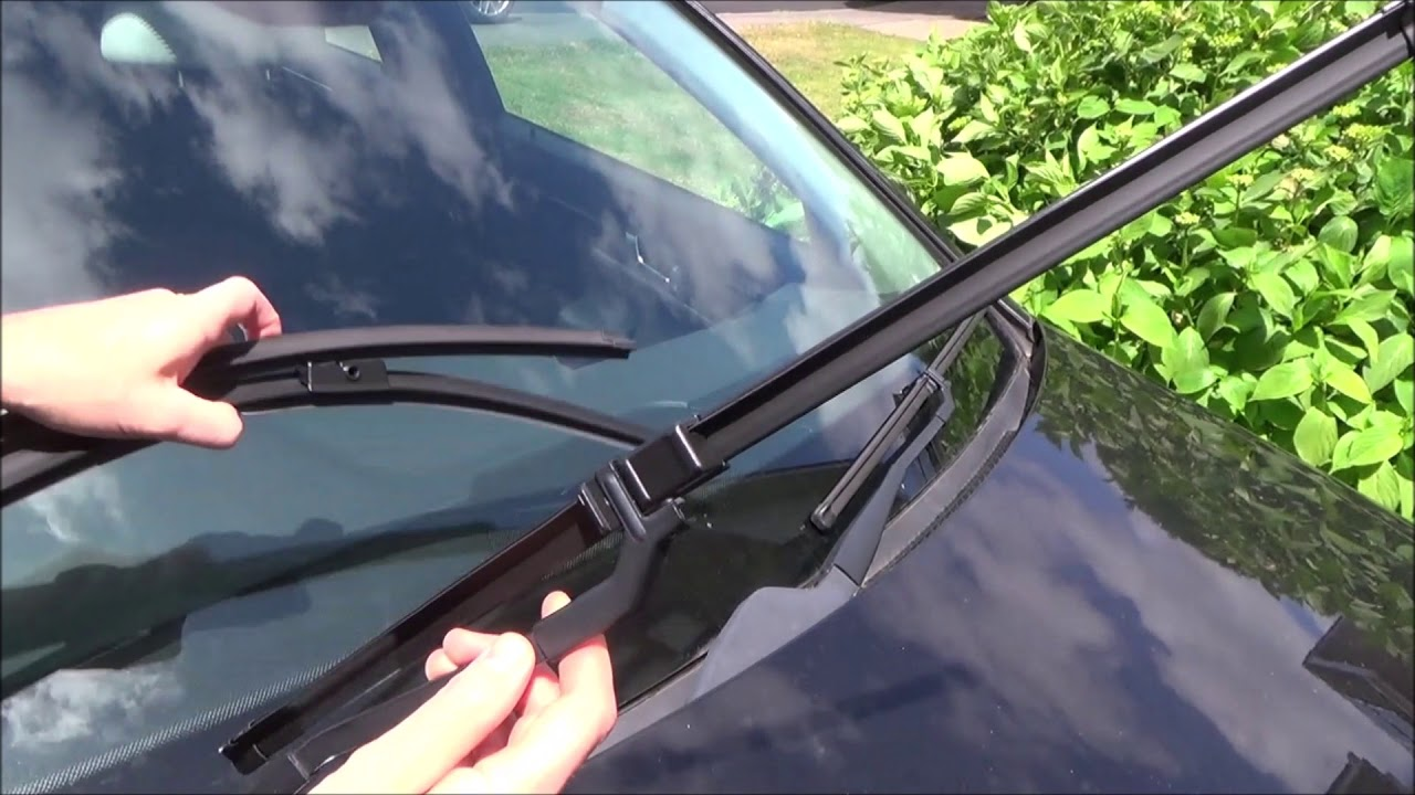 how to replace the wipers on a 2012 mercedes c-class  w204